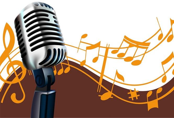 Микрофон и ноты