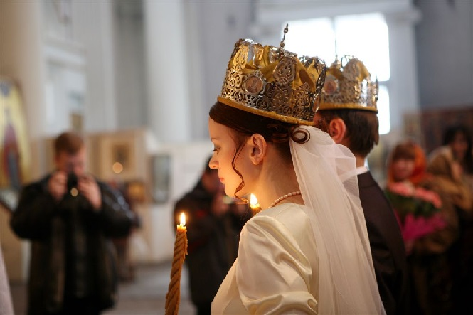 Церковный обряд молодоженов