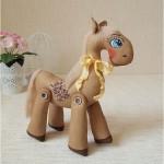 Новогодняя поделка своими руками лошадь