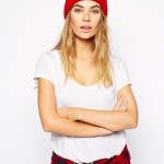 Красная шапка-бини New Balance Troy