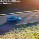 Toyota RAV4 2016 фото 10