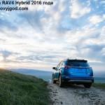Toyota RAV4 2016 фото 13