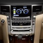 Lexus LX570 2016 фото 14