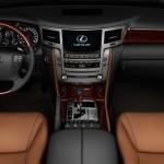 Lexus LX570 2016 фото 16