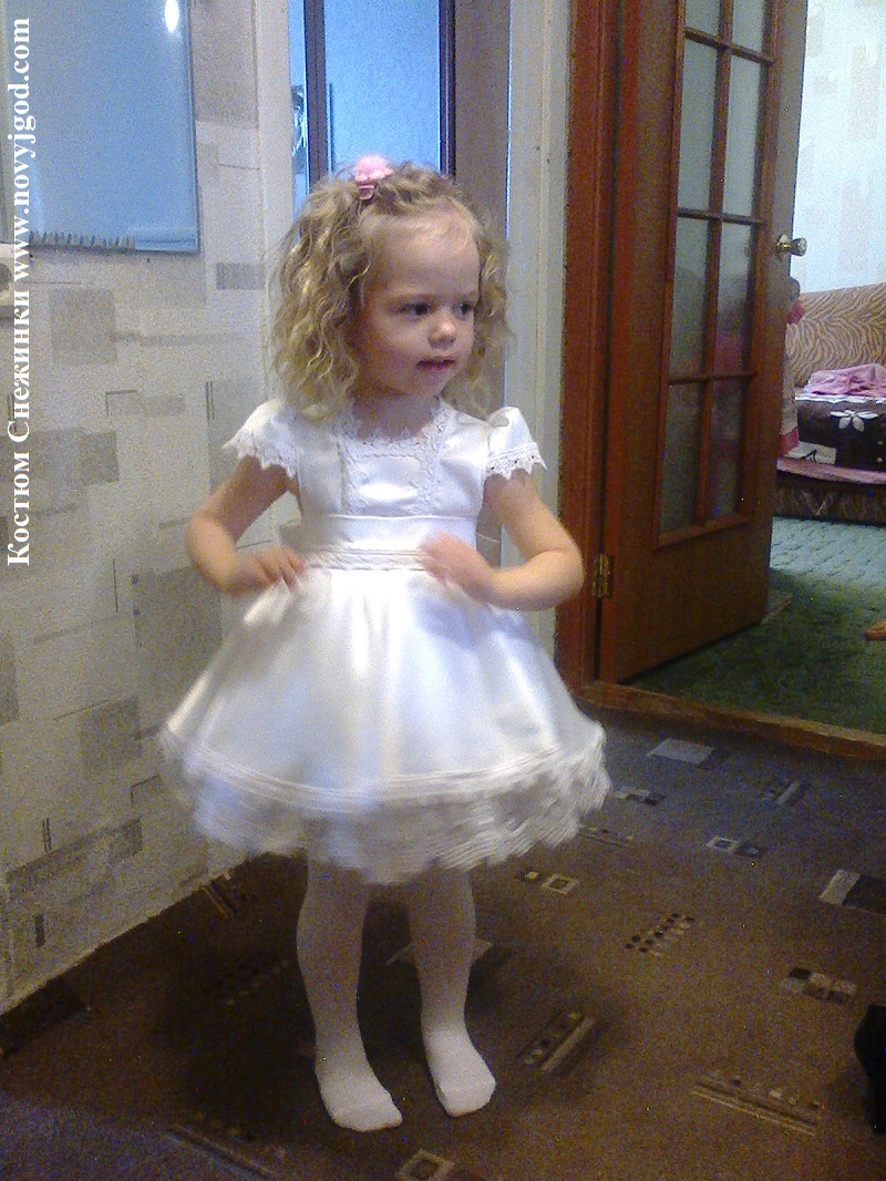 0e1248a433730a2 Новогодний костюм для девочки своими руками легко сшить по нашим ...