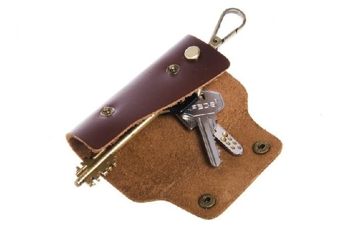 Ключи от гаража и квартиры