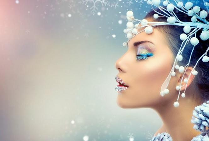 Зимняя фотосессия в голубом цвете