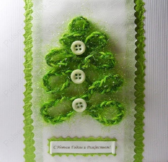 Зеленые нитки и пуговицы