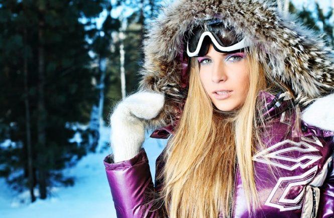Лыжные очки под капюшоном