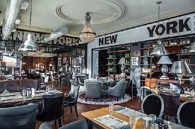 Гриль-ресторан Нью-Йорк в центральной части города