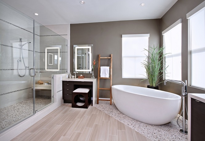 Овальная форма ванной с толстыми стенами