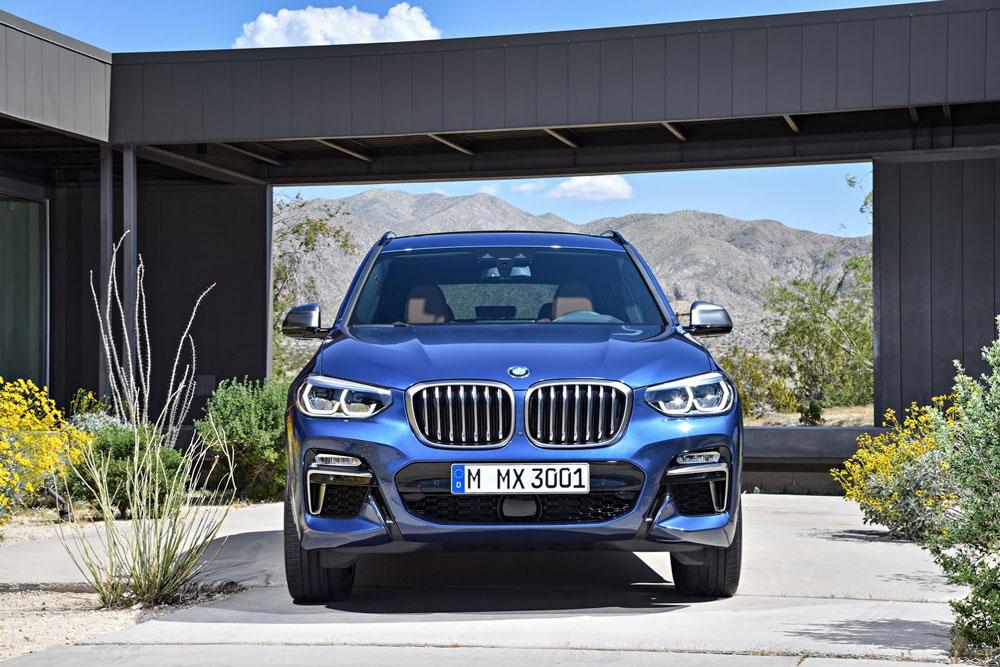 BMW X3 M40i перед