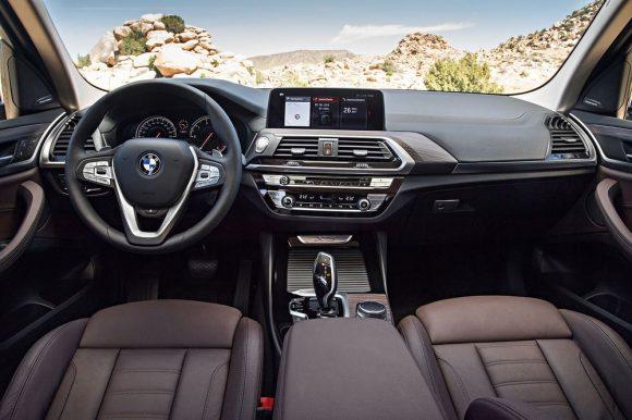 2018 BMW X3 интерьер