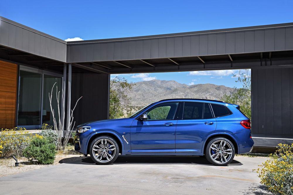 BMW X3 M40i сбоку